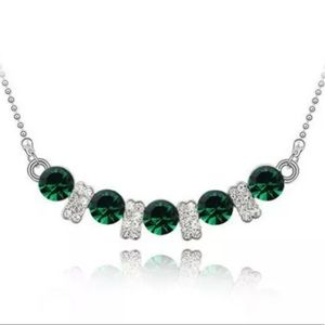 3D Green Crystal Necklace (D24)
